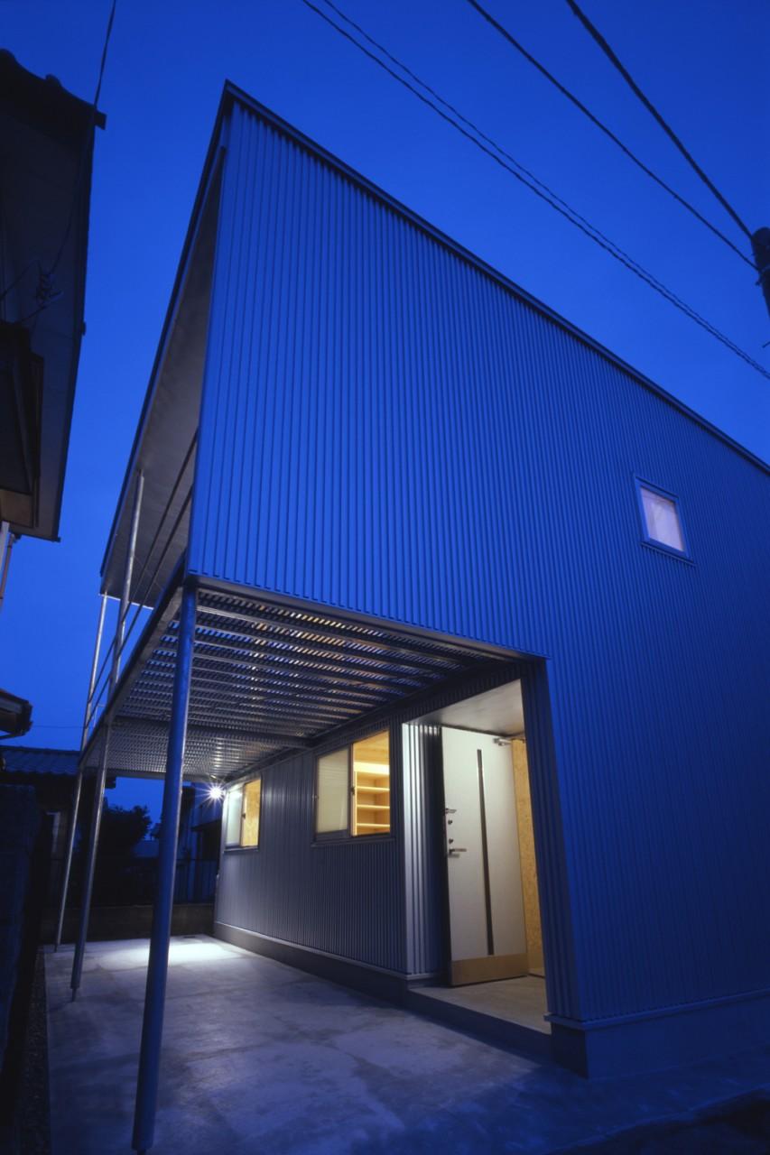 BoxHouse77_02